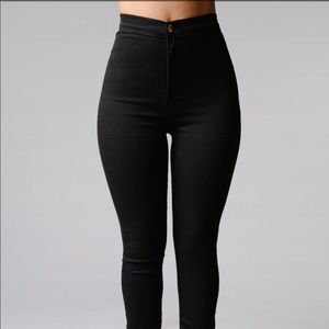 Fashion nova Super high waisted black jeans